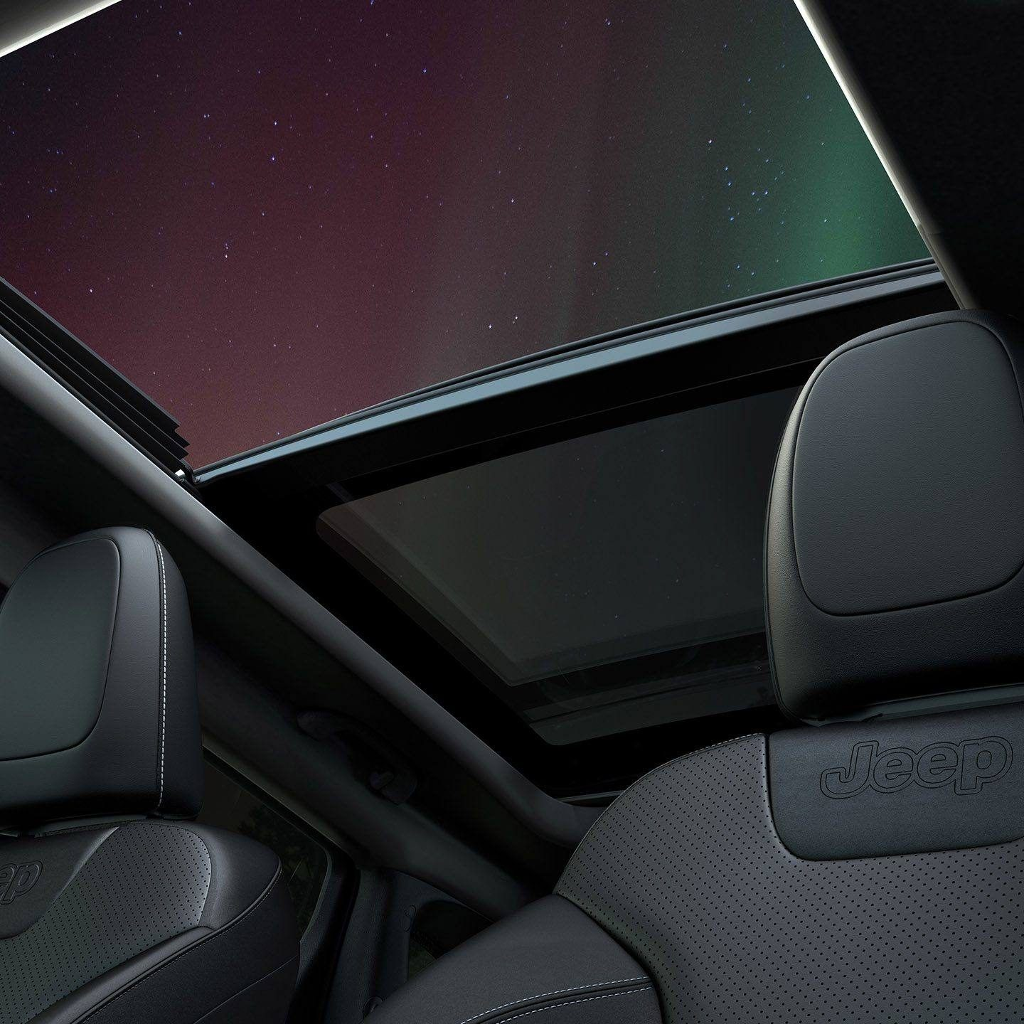 CommandView Dual-Pane Panoramic Sunroof